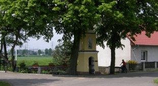 Kapliczka w Borkach