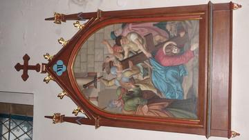 Stacja Drogi Krzyżowej nr VII Pan Jezus upada pod krzyżem po raz drugi.