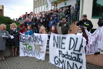 Protest mieszkańców Gminy Dobrzeń Wielki